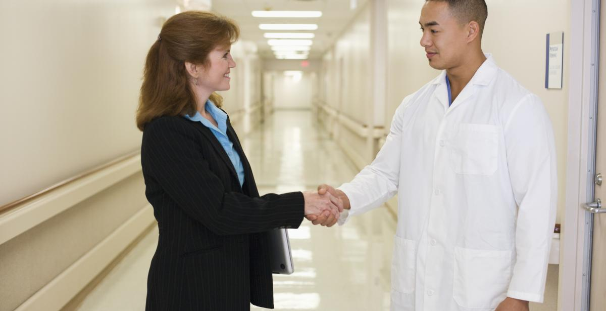 5 Strategies for Becoming a Healthcare Administration Leader in Kansas